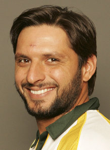 Shahid Afridi Demands to quit american war