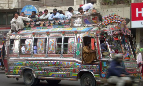mini bus strike karachi