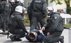 Muslims clash in Germany