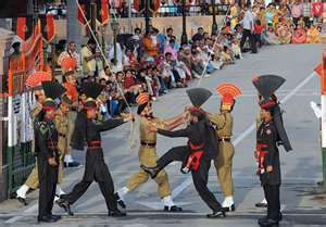 women at wagah border