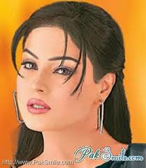 Veena Malik Joins Politics