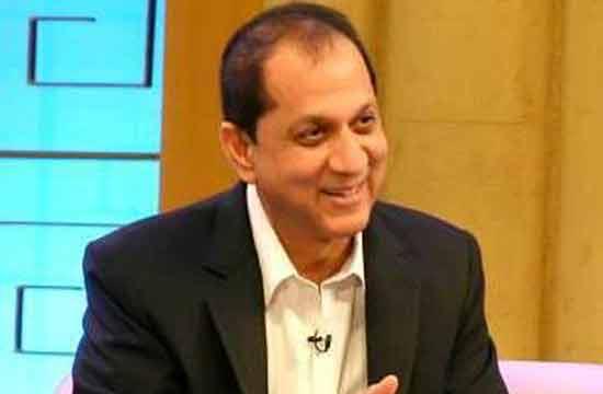 "He got fame as a Host on famous Geo TV program, ""Aalim Online"" in"