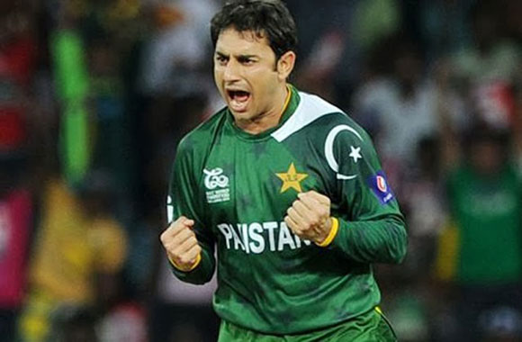 saeed ajmal in ground